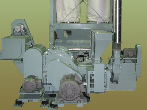 セルロースファイバー断熱材製造機