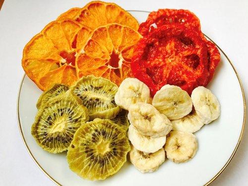 商品:ドライフルーツ(ミカン、トマト、キウイフルーツ)