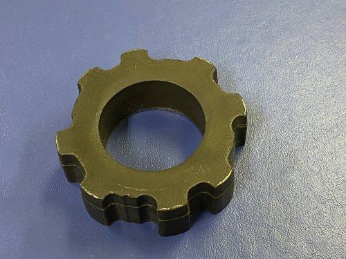 異型輪郭も引抜き材を使用するのではなく冷鍛鍛造成形