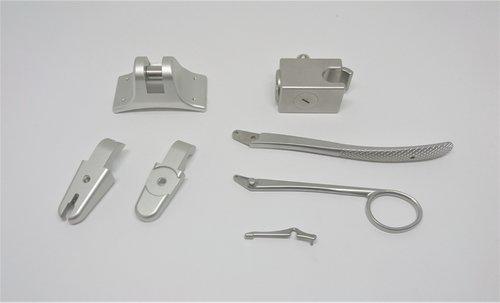 医療器具鉗子、3次元加工品