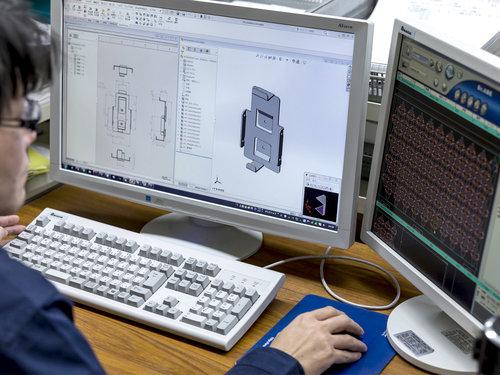 3D-CADによる展開作業風景