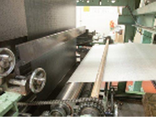 織物のプリプレグ加工を内製化
