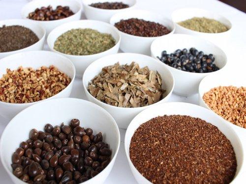 さまざまな茶種をそろえております