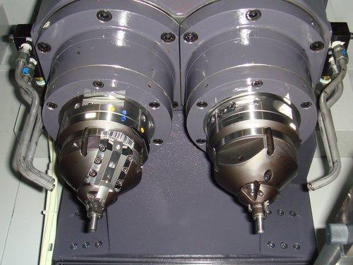 特殊切削加工機例(バルブフィニッシュ加工機)