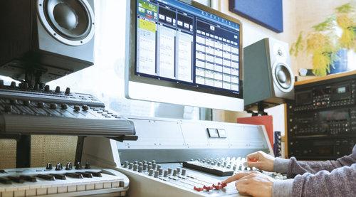 放送局向けオーディオ編集・送出システムの開発
